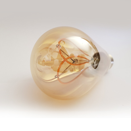 E27-ST64-Moth-wing-lamp-LED--filament-amber2